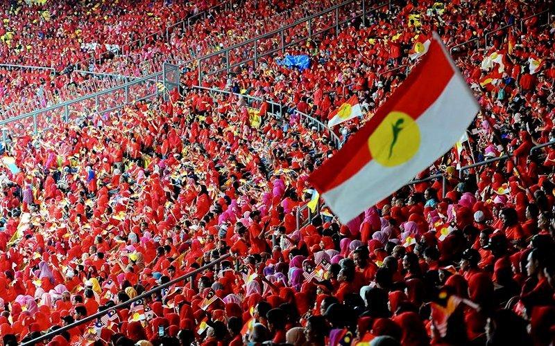 Akar umbi Umno dijangka kemuka usul tarik diri dari sokong PN