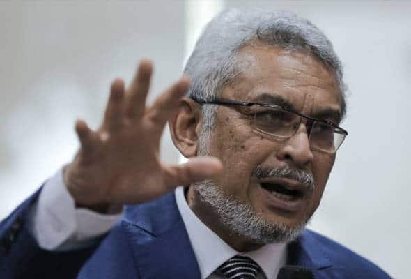 Pelik bin ajaib Musa Aman bebas 46 tuduhan rasuah, kata Khalid