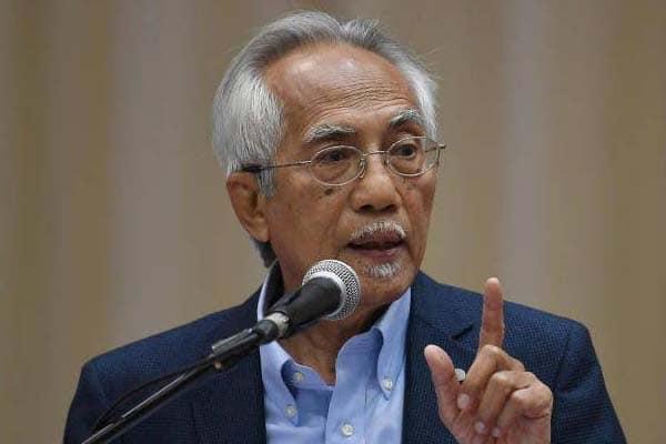 Muhyiddin kena buli dengan UMNO – Kadir Jasin