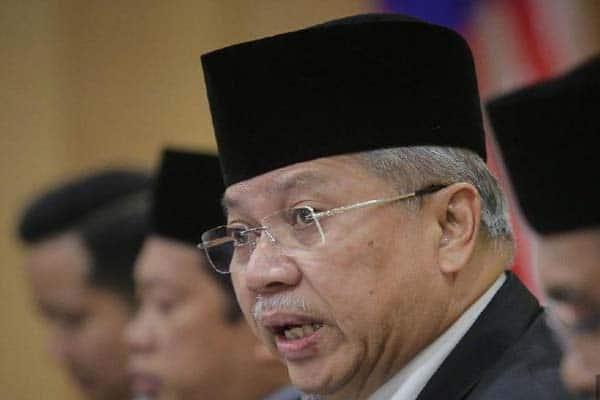 Bila dah takut hilang sokongan, UMNO-PAS mahu bubar Parlimen pula