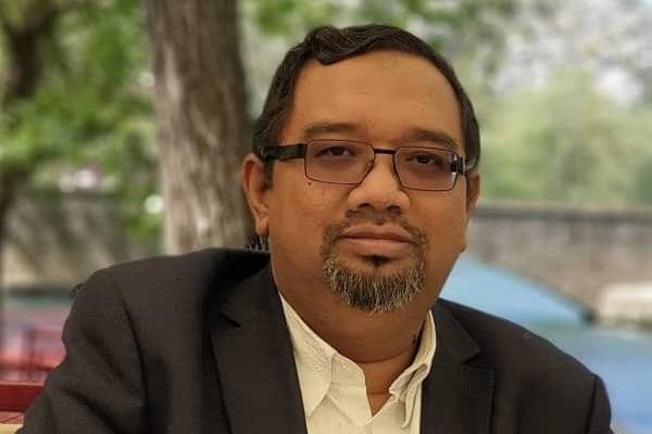 Pas bantu UMNO untuk mainkan sentimen agama dan kaum
