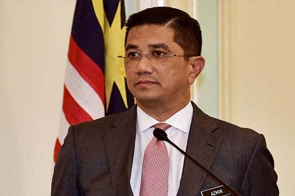 Benarkah Azmin sedang guna Zahid untuk masuk UMNO?