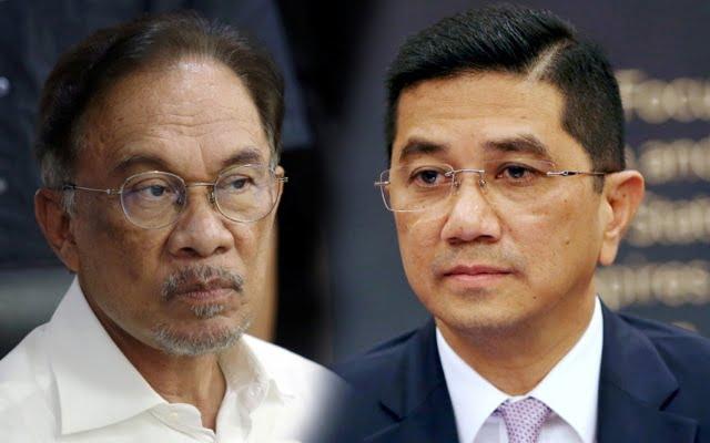 Azmin bentuk parti baharu untuk cabar Anwar?