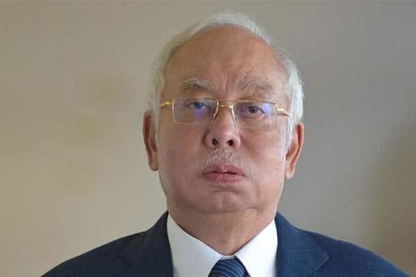 Najib dakwa wang derma Arab, peguam kata itu wang SRC