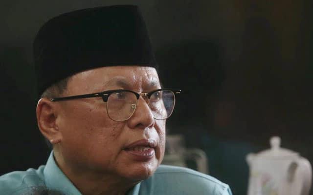 Pemimpin Umno gelar 3 senator dilantik Muhyiddin sebagai 'Three Stooges'