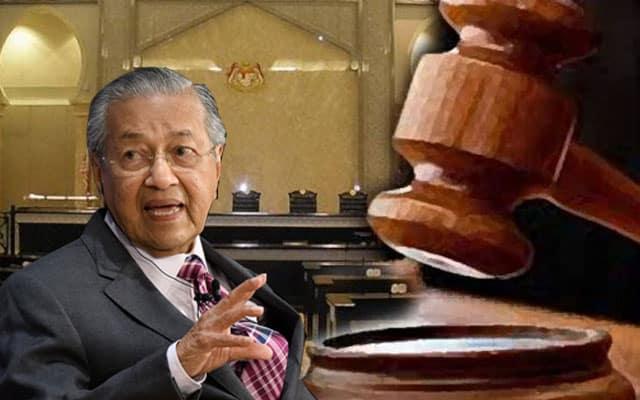 Dr Mahathir cabar pelantikan speaker di mahkamah