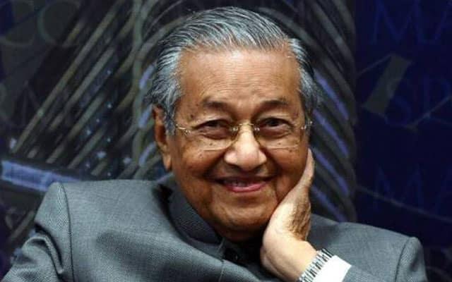 Tun M dijangka umum parti baru petang ini