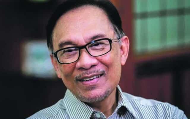Gempar !!! 15 ahli parlimen Umno antara nama dalam senarai Anwar