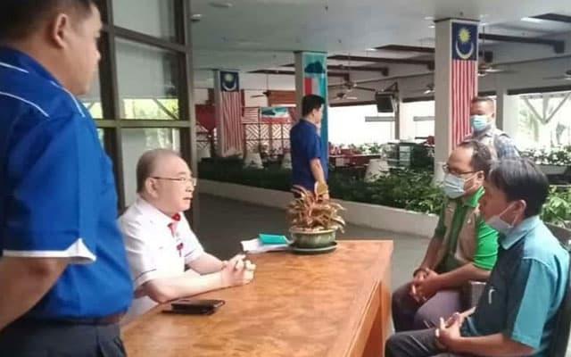 Gambar pemimpin Pas Sabah dengar 'Amanat' Presiden MCA tular