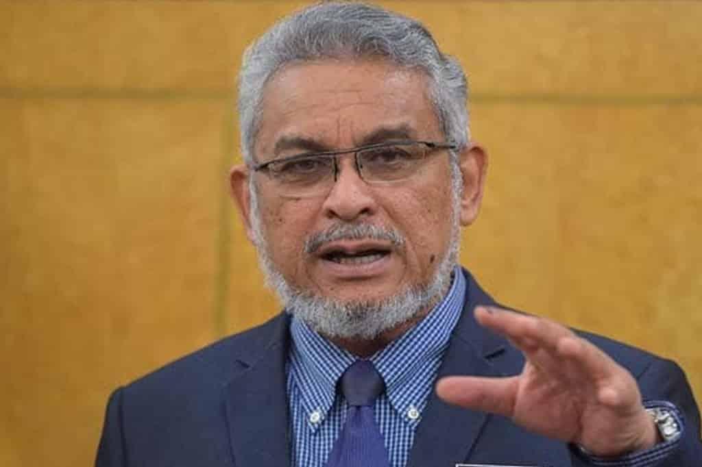 Khalid masih berharap Tun M dan Anwar dapat duduk semeja