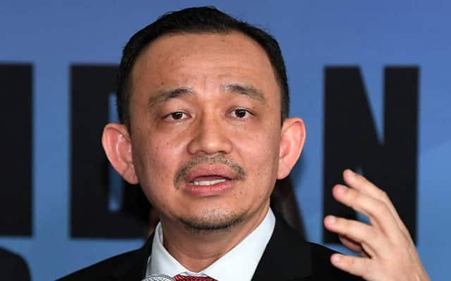 Gempar !!! Sokongan Maszlee terhadap Anwar mengejutkan Tun M