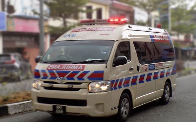 Pemandu ambulan meninggal dunia selepas bawa pesakit Covid-19