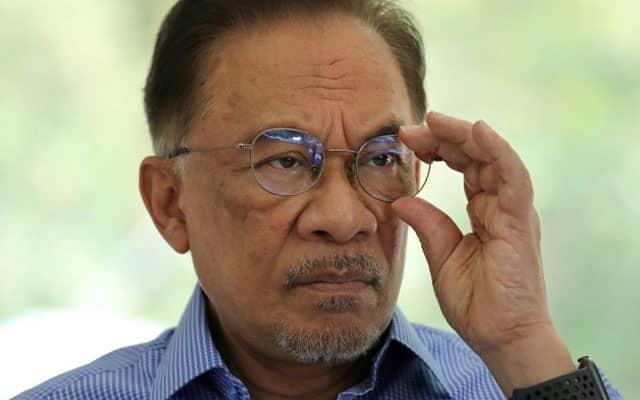 Gempar !!! Warkah kepada Agong dedah Anwar ada majoriti, satu muslihat yang cukup licik