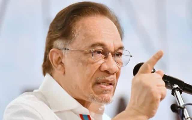 Panas !!! Anwar gesa undi tidak percaya dibentang di Parlimen segera