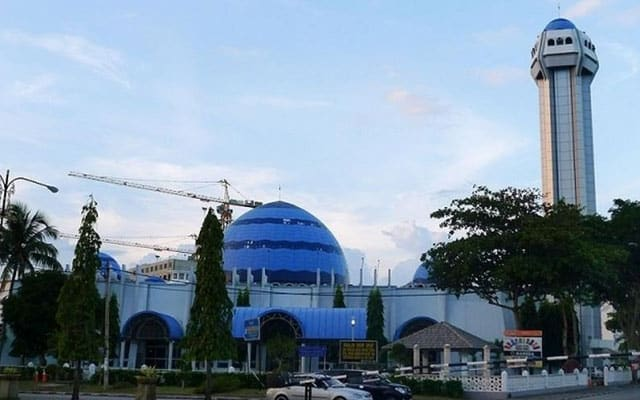 Lagi masjid diarah tutup, jemaah positif Covid-19