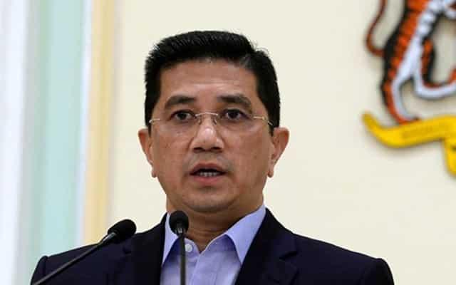 Laporan mengejutkan kejatuhan FDI, Azmin dituntut beri penjelasan