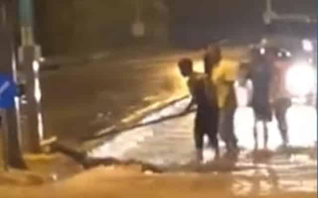 Gempar !!! Tular video mayat remaja mangsa banjir disyaki terkena renjatan elektrik